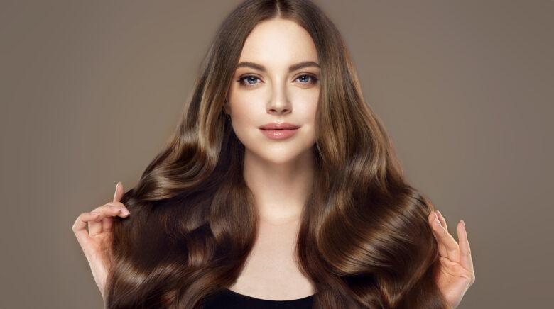 Beauty,Girl,With,Long,And,Shiny,Wavy,Hair,.,Beautiful